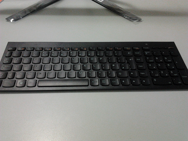 Lenovo-IdeaCentre-All-in-One-700-keyboard
